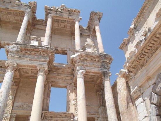 Celsus-Bibliothek: Library of Celsus