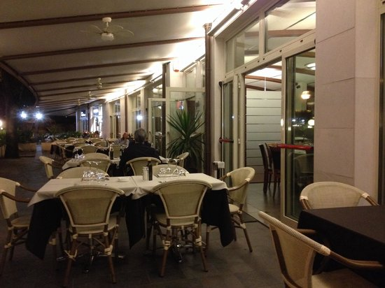 Ristorante Novecento: The outdoor 'atmo'