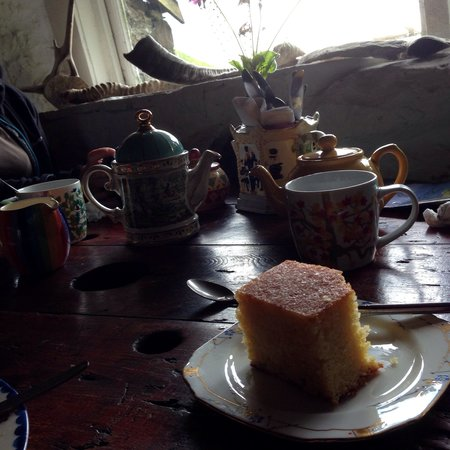 Kerrera Tea Garden & Bunkhouse: Lemon drizzle, delicious!