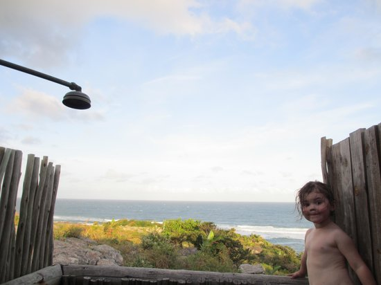 Mtentu Lodge: enjoying the view and warm solar shower