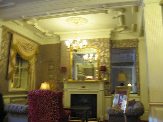 Sligo Southern Hotel: lobby