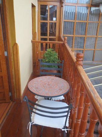Los Apus Hotel & Mirador: balcony, with room into main hotel
