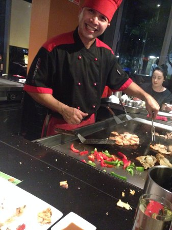 Hanazono Teppanyaki: Fun and friendly atmosphere and delicious food