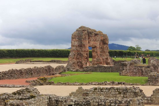 Wroxeter Roman City: Main bath house