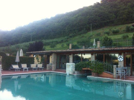 Villa Valentina Resort e Spa: Piscina esterna