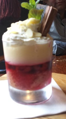 The Parrot: love the flake in the trifle