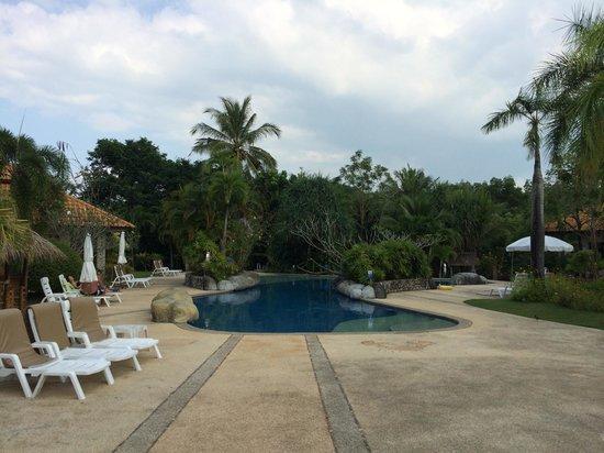 Krabi Sands Resort : вид на бассеин