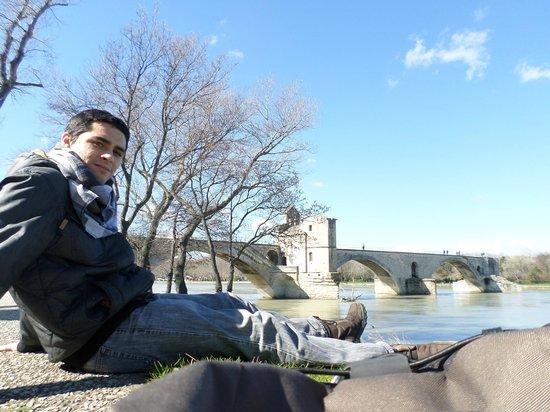 Pont Saint-Bénézet (Pont d'Avignon) : Pausa pro descanso das pernas