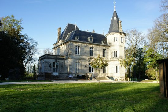 chateau de lagravade agen frankrijk foto 39 s en reviews tripadvisor. Black Bedroom Furniture Sets. Home Design Ideas