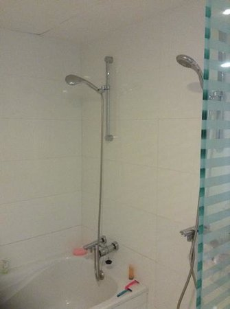 H10 Gran Tinerfe: double shower