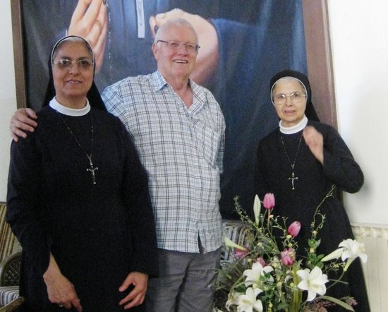 Rosary Convent Guest House and Hostel: Srs Jovana & Pascal