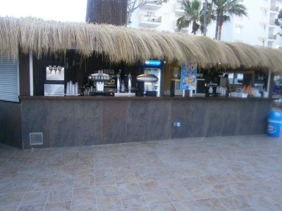Iberostar Alcudia Park: Pool bar