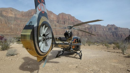 Sundance Helicopters : The awesome looking newer helicopters at Sundance
