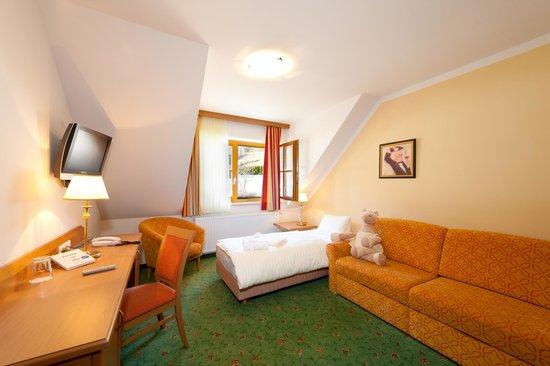 Hotel Vitaler Landauerhof: Bärensuit Wohnschlafraum f.d. 3 oder 4 Person