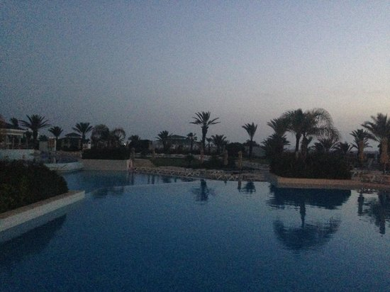 IBEROSTAR Royal El Mansour & Thalasso : pool side at sun rise