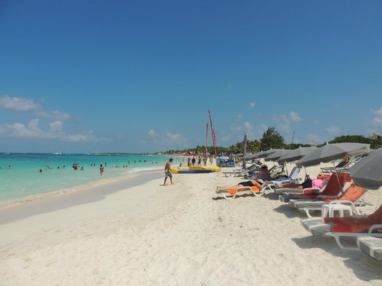 Orient Bay Beach : arena blanca