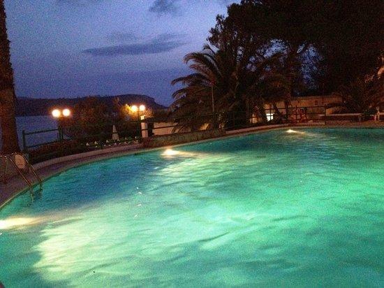 Club Vista Bahia: Vue de la piscine....