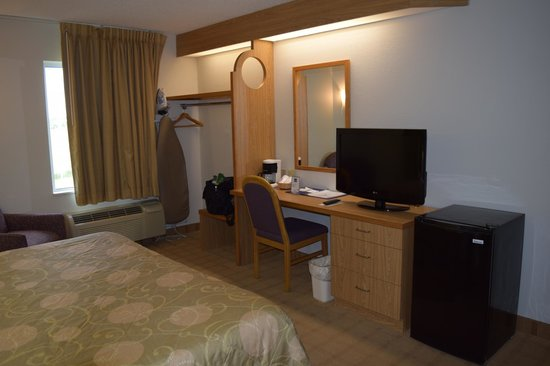 "Sleep Inn: ""Closet"" dresser, desk and TV"