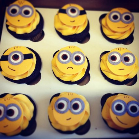 Minion Edible Fondant Cupcake Toppers Picture Of Sweet