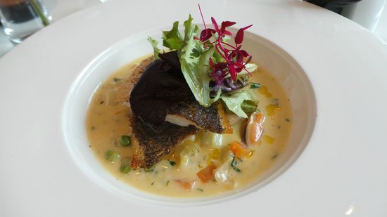 The Rose Garden: Main: Pan-seared fillet of sea bream, carrot, leek, potato & mussel broth, watercress, lemon oil
