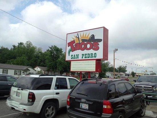 Tacos San Pedro: Sign