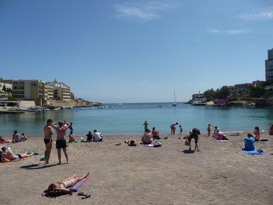 Radisson Blu Resort, Malta St Julian's: beach at st.julians