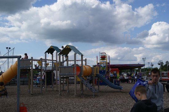 Golden Sands Holiday Park - Haven: playground