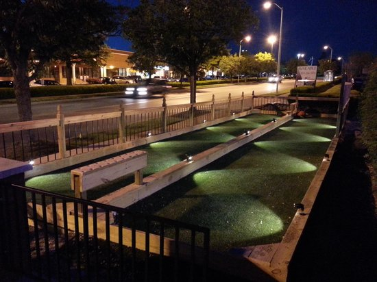 Bocce Ball courts - Picture of Sutton\'s Italian Restaurant ...