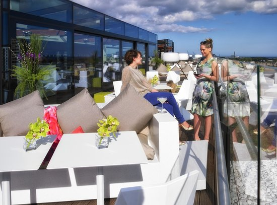 The Marker Hotel : The Rooftop Bar & Terrace