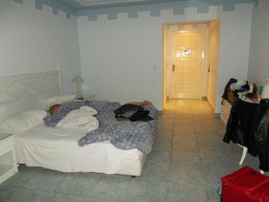 Mitsis Summer Palace Beach Hotel: bedroom