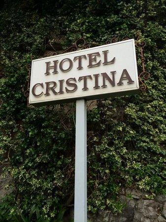 Hotel Cristina : sign