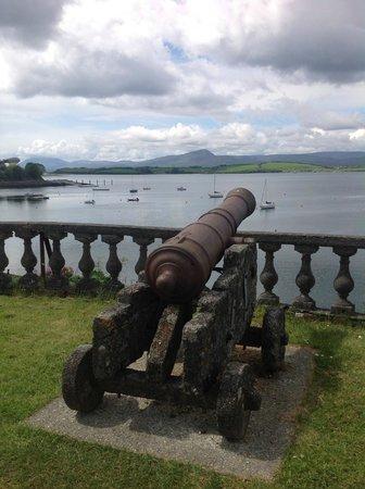 Bantry House & Garden: A cannon overlooking the bay