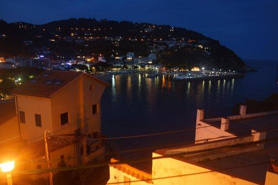 Casamar Hotel: vista nocturna