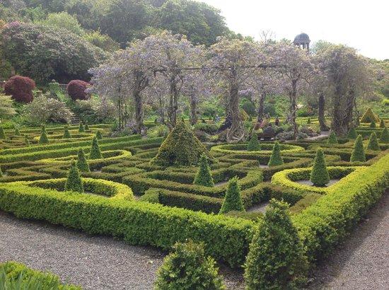Bantry House & Garden : The Parterre
