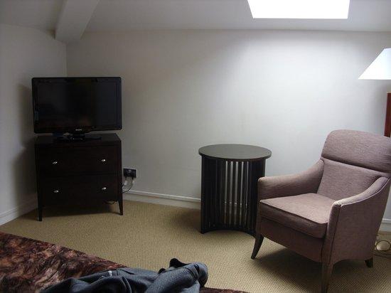 Bedford Lodge Hotel: Room 211