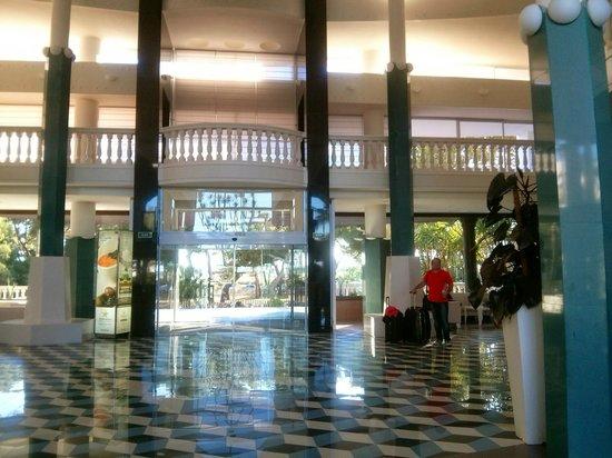 Iberostar Albufera Playa: Foyer des Hotels
