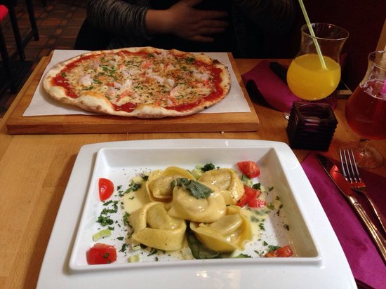 Osteria Mossimo Milano : Scampi-Pizza und Ravioli mit Salbei-Butter-Soße
