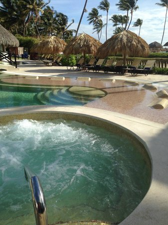 Now Larimar Punta Cana: Preferred Pool