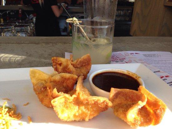 CO Sushi : Crispy Wonton Chicken...yummy!