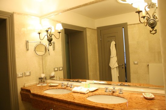 The Westin Excelsior Florence: baño