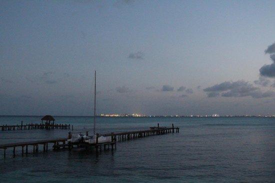 Maria's kan-kin: city lights of Cancun