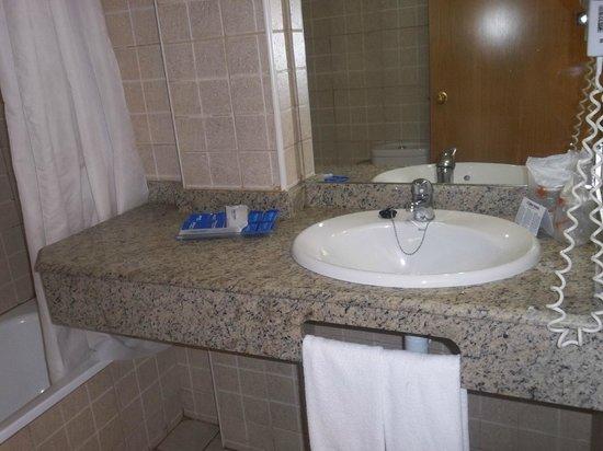 Aparthotel Best Da Vinci Royal: bathroom