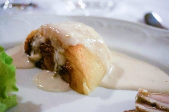 Grotta di Santa Caterina: Savory Cheese Tart with Warm Walnut Cream