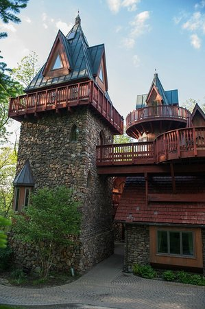 Landoll's Mohican Castle: The stone tower is a 3 story suite!