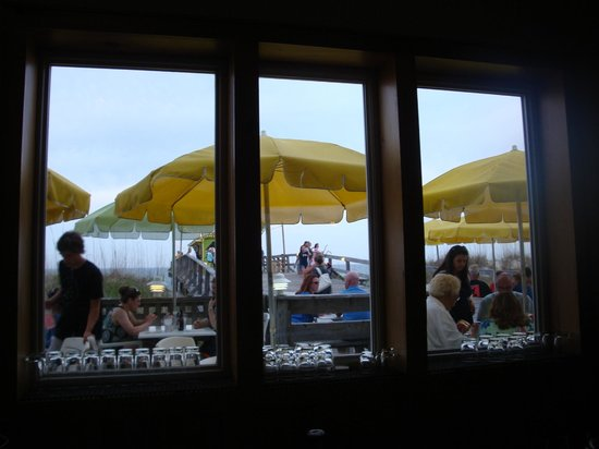 Ocean Grill & Tiki Bar : View from indoor bar