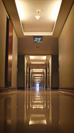 Ramayana Resort & Spa: Hallway