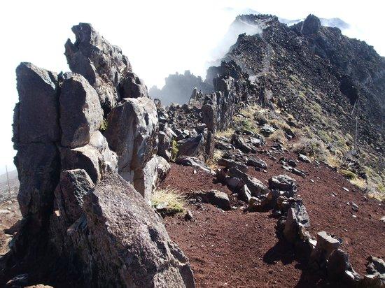 Roque de Los Muchachos: Views along the rim