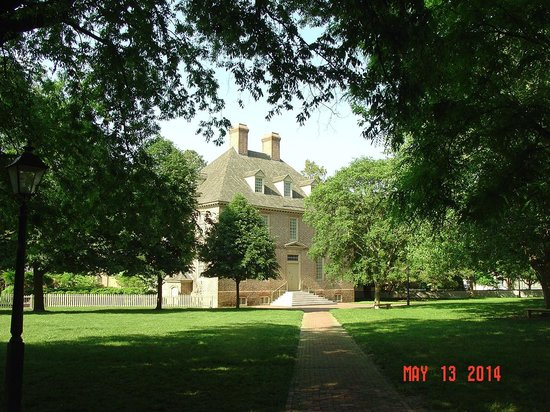 The College of William and Mary : Another building