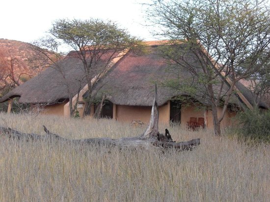 Okapuka Ranch: Okapuka Lodge-Namíbia