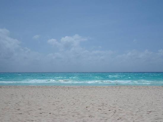 Hotel Riu Yucatan: the beautiful beach